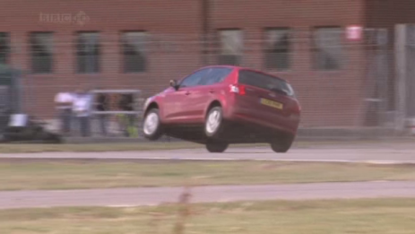 Tom Cruise's car on two wheels on Top Gear